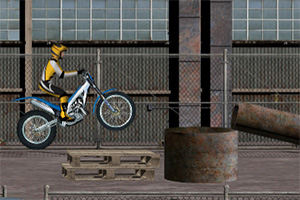 摩托车障碍大赛无敌版